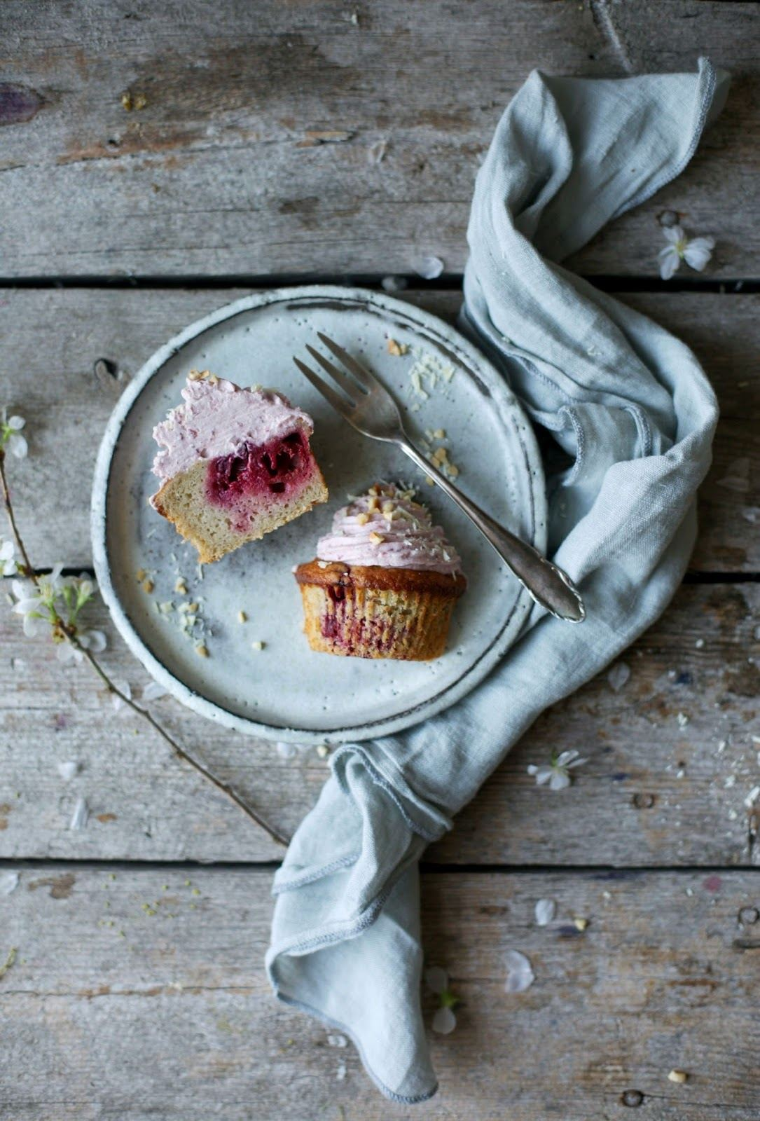 Gluten-free Banana-Cherry-Muffins with Cherry-Frosting