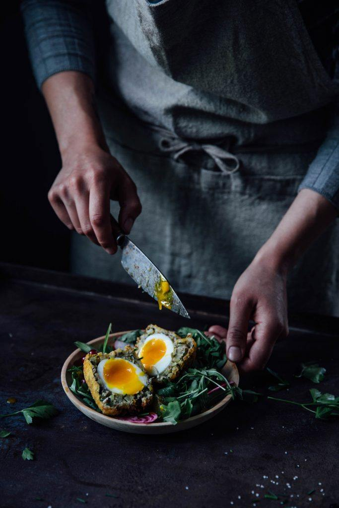 Image for Gluten-free Breaded Eggs (Scotch Eggs) with Honey-Mint-Sauce