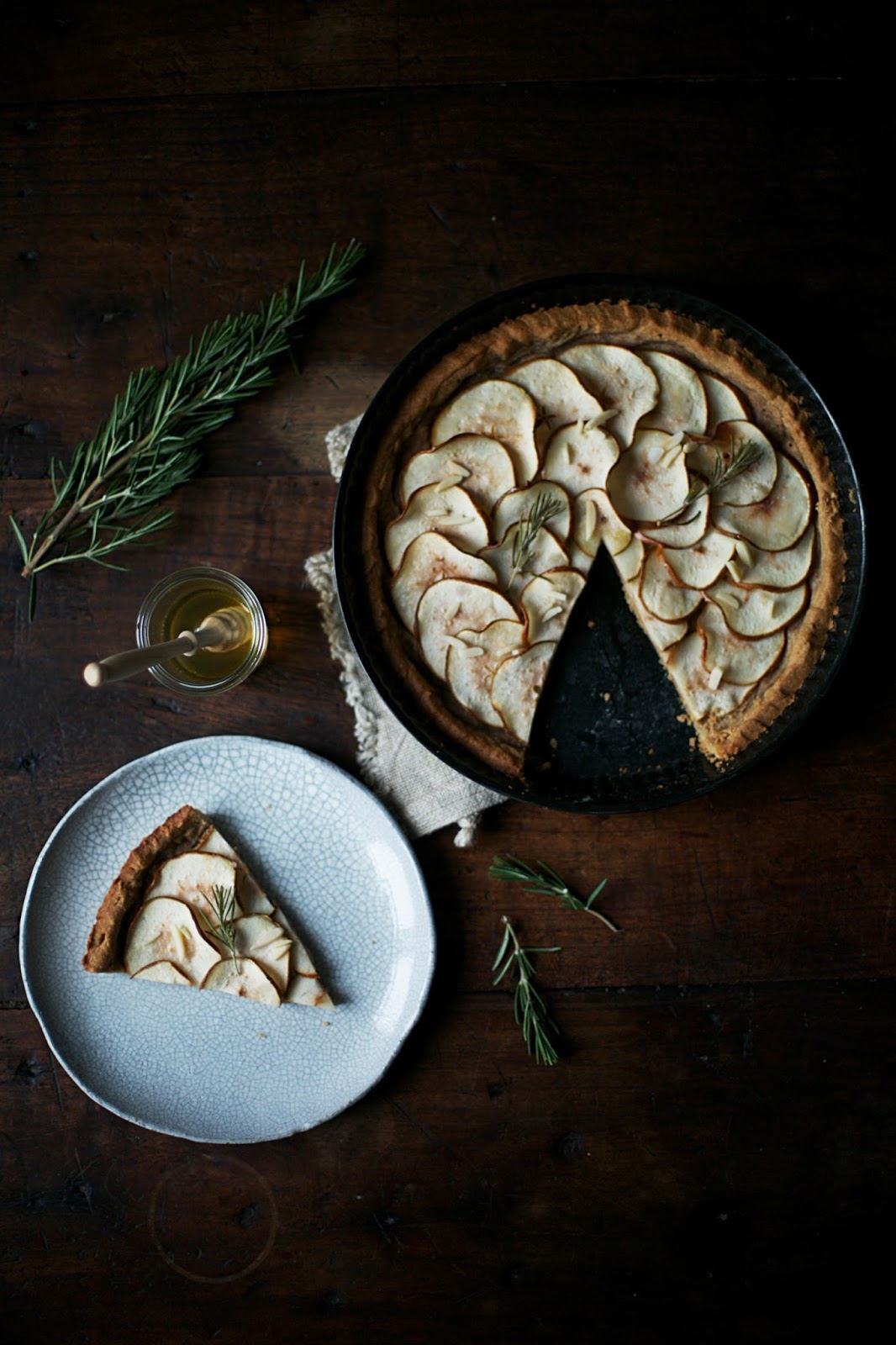 Gluten-free Pear-Tart with Rosemary and Honey