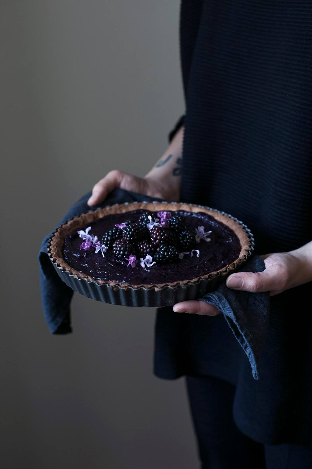 Gluten-free Elderberry-Blackberry-Curd Tart
