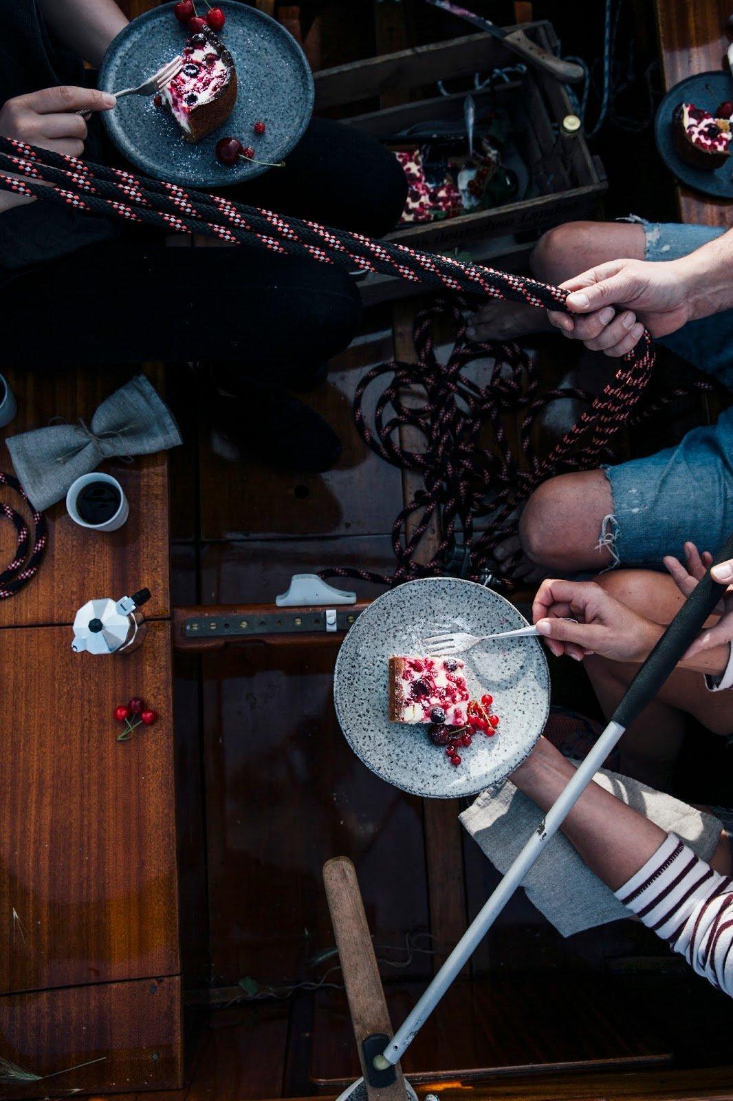 Gluten-free Cherry-Redcurrant-Quark cake & a Sailing Trip