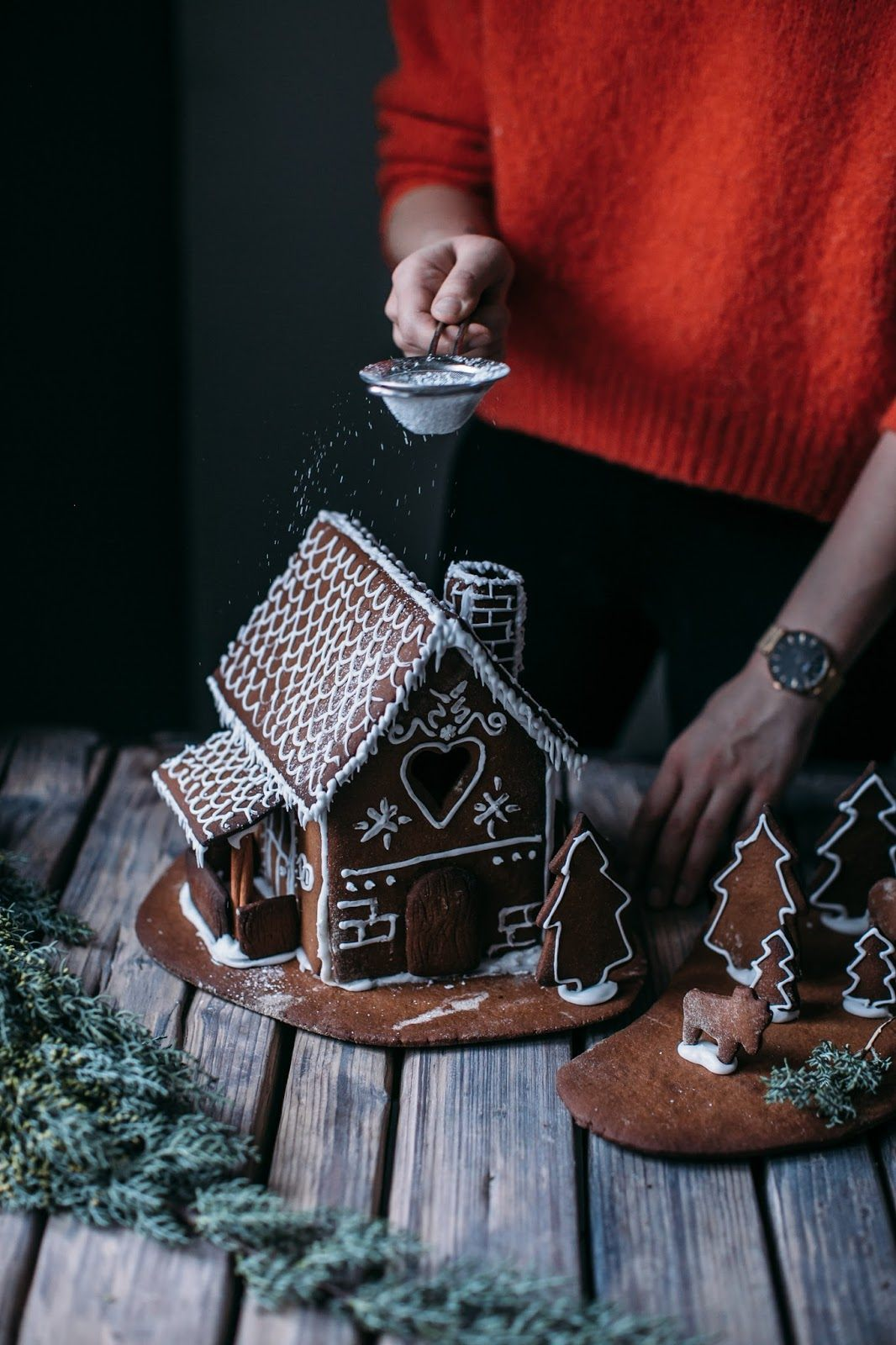 Gluten-free Ginger Bread House and a new Watch from Cluse