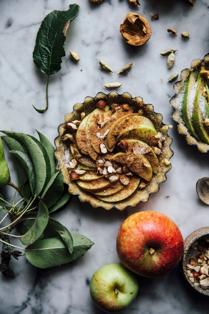Image for A wonderful Weekend in the Countryside & gluten-free Apple-Pear Pies
