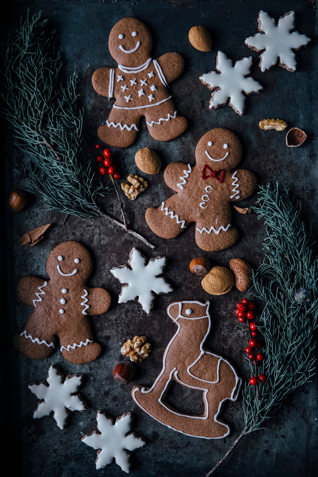 Gluten-free Chai Snowflakes & gluten-free Gingerbread Cookies