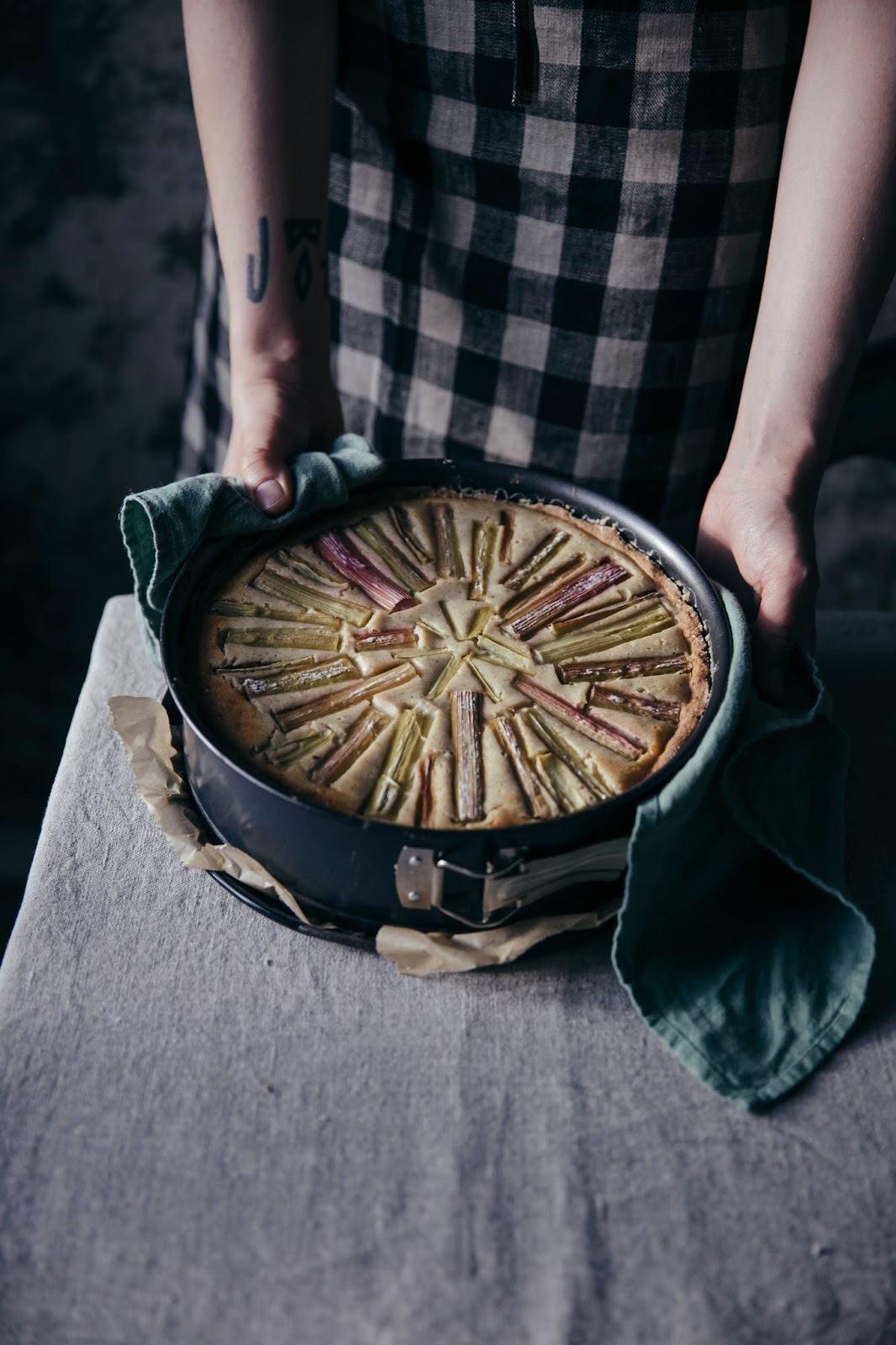 Gluten-free Rhubarb Goat-Cheese Cake
