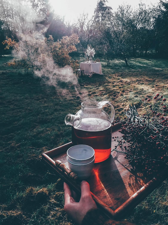 Gluten-free Apple-Cinnamon Rolls & an autumn inspired table set-up