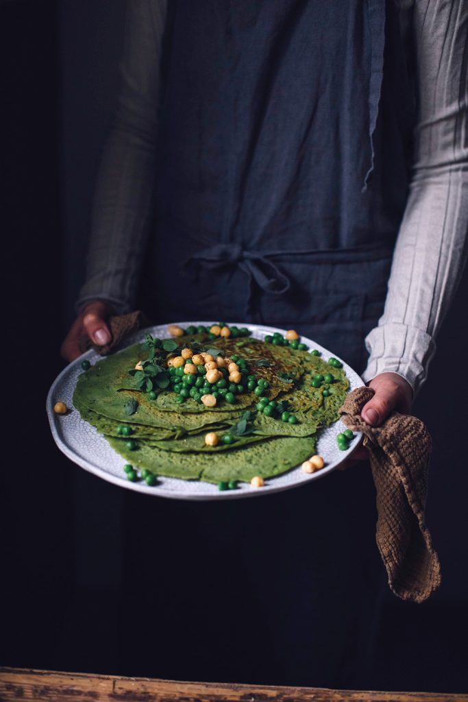 gluten-free pea crêpes with hummus
