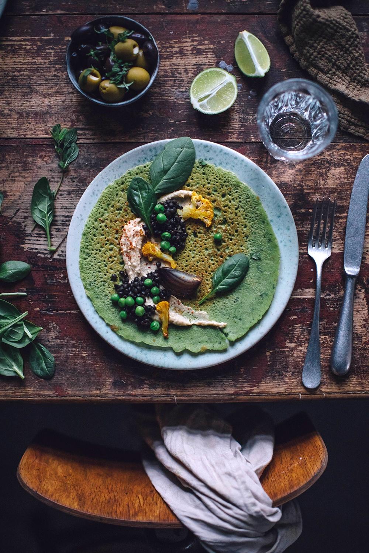 Gluten-free Peas Basil Crêpes with Hummus, lentils and roasted cauliflower