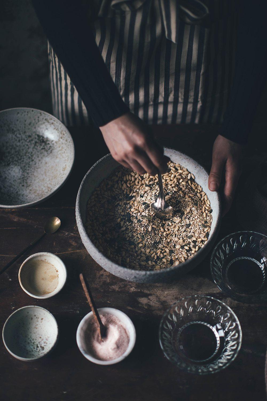preparing granola