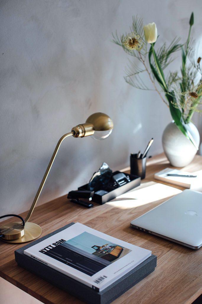 desk deatils