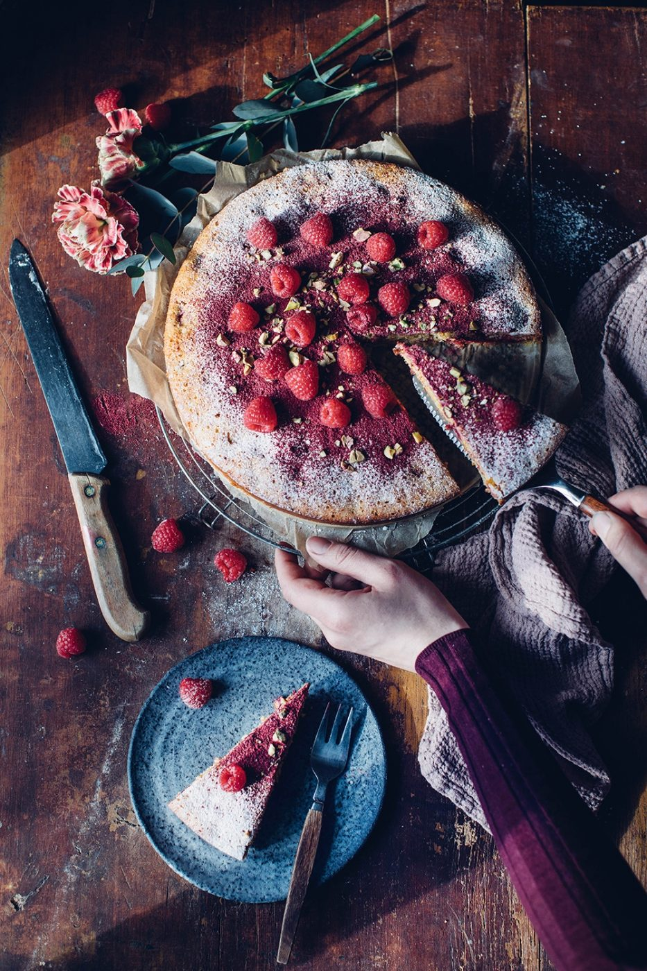 Image for Gluten-free Polenta Cake with Raspberries and Pistacchios