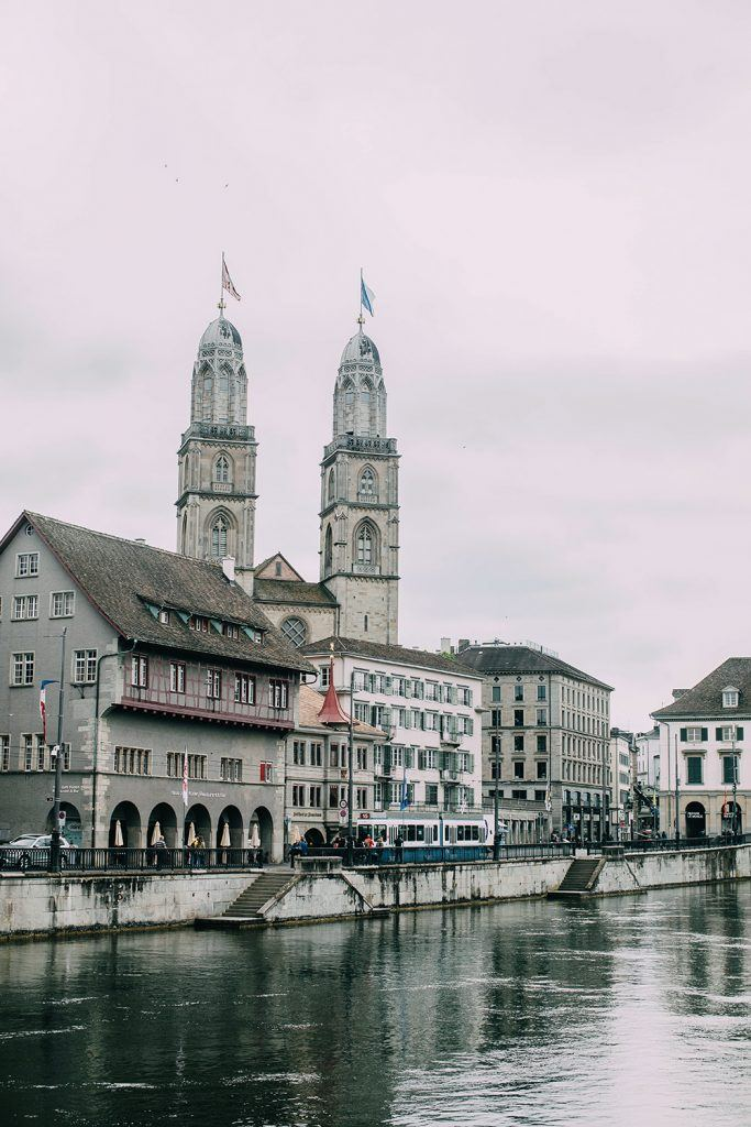 Zürich Water River.jpg