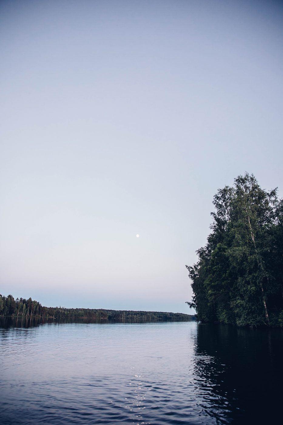 Moon Picnic in Sweden