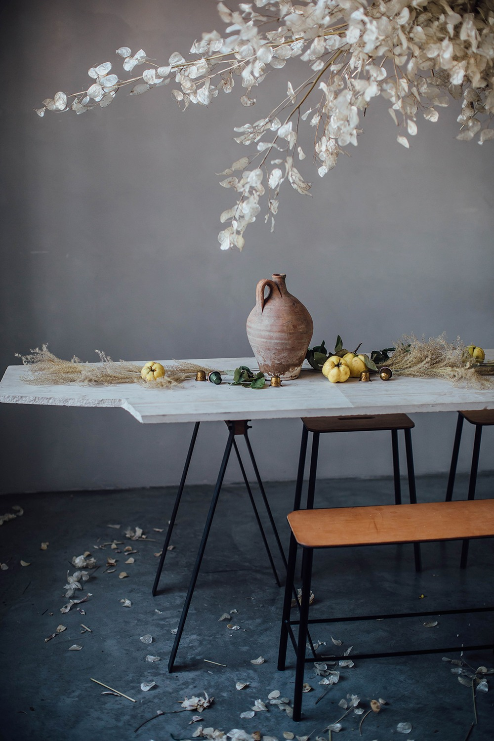 Minimal Autumn Table Setting