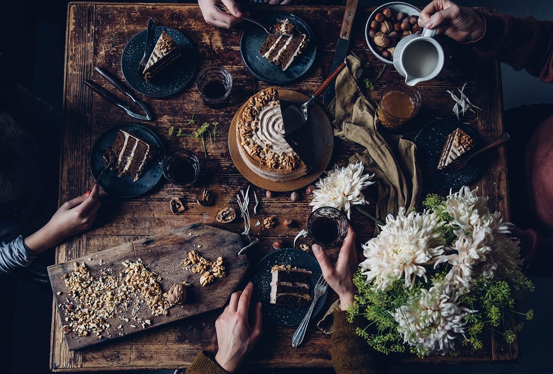 Gluten-free walnut cake