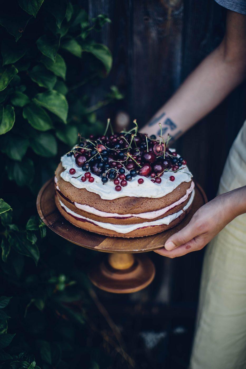 gluten-free cherry cake