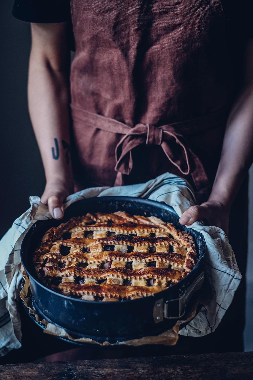 gluten-free plum pie