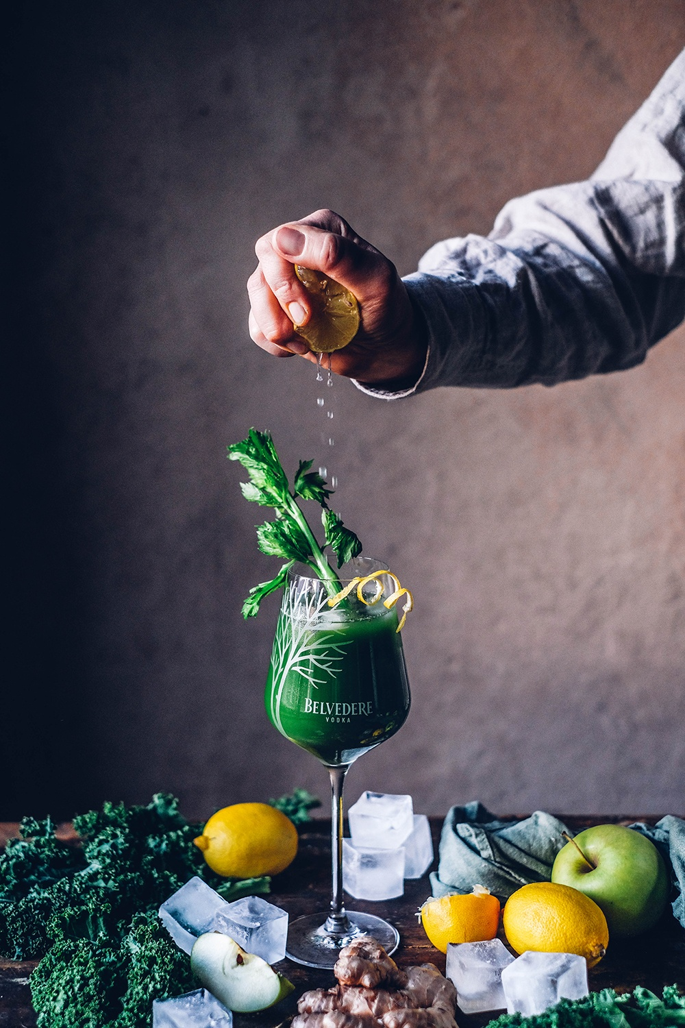 Superfood Cocktails with Kale und Turmeric
