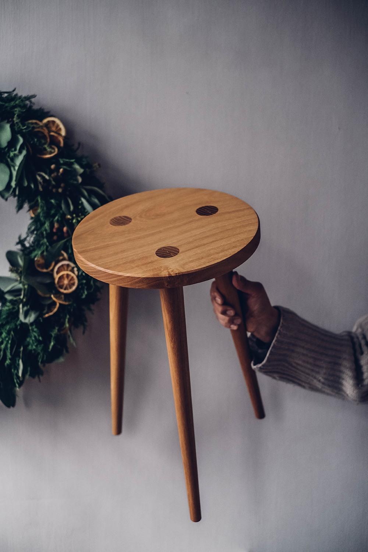 Christmas Give-Away: Stool Klaus