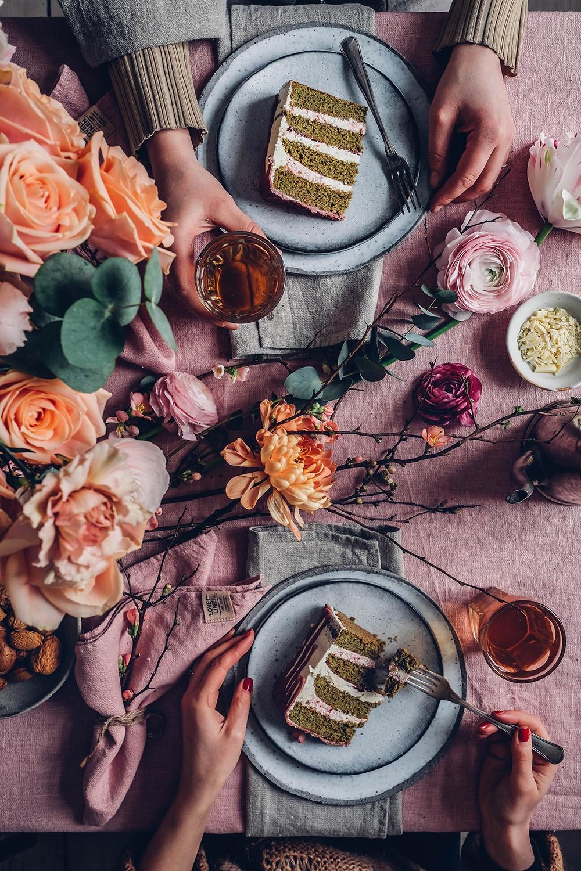 rose table decor